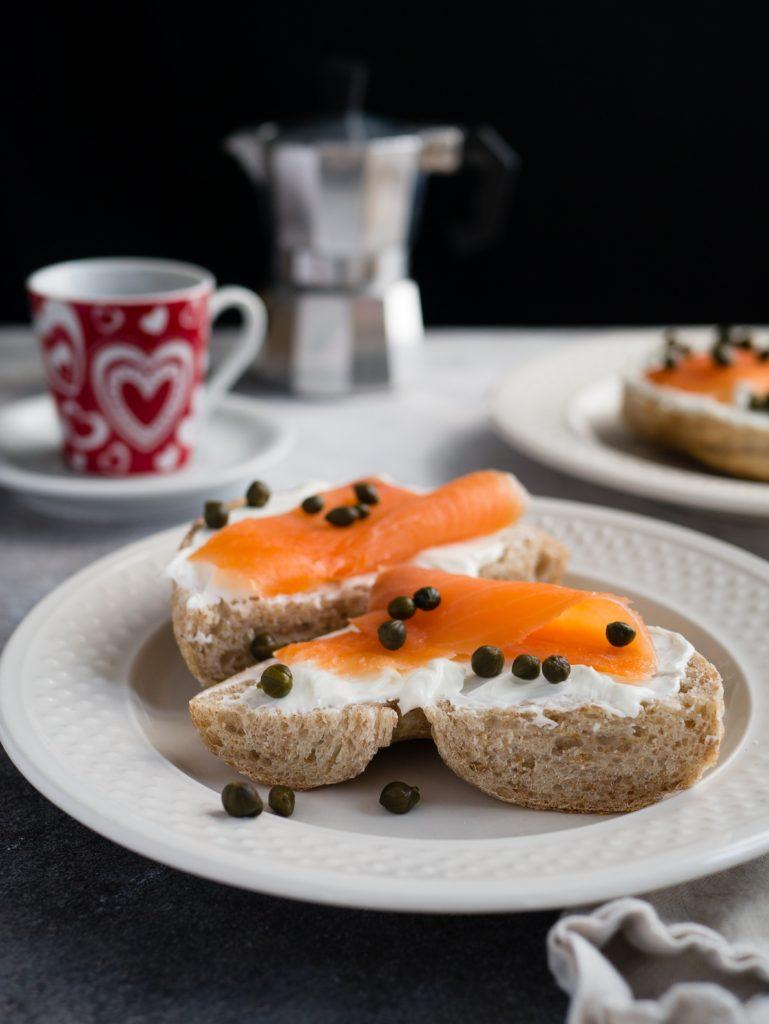 bagel toasté saumon fumé aneth