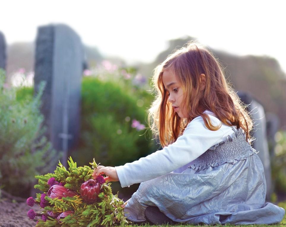 Yves Alphé rappelle que l'enfant ne vit pas de deuil comme un adulte