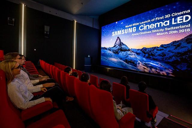 """alt="""" intérieur salle de Cinéma"""""""