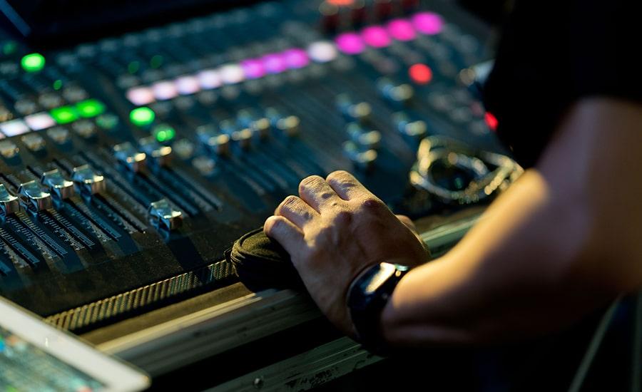 Essentiel Studio vous présente son service de mastering audio en ligne